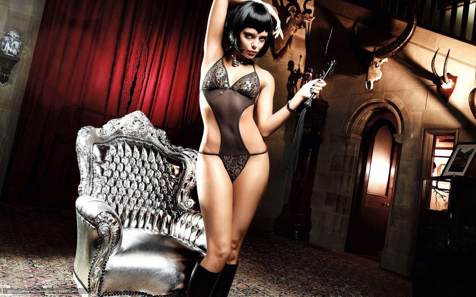 Проститутка брюнетка в коже 22 фотография