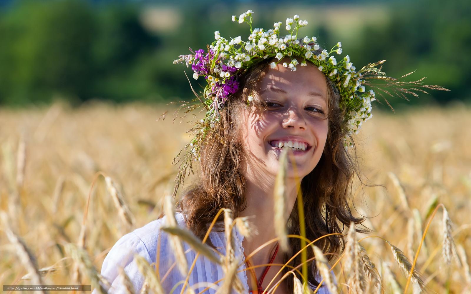 Русские красавицы в поле 14 фотография