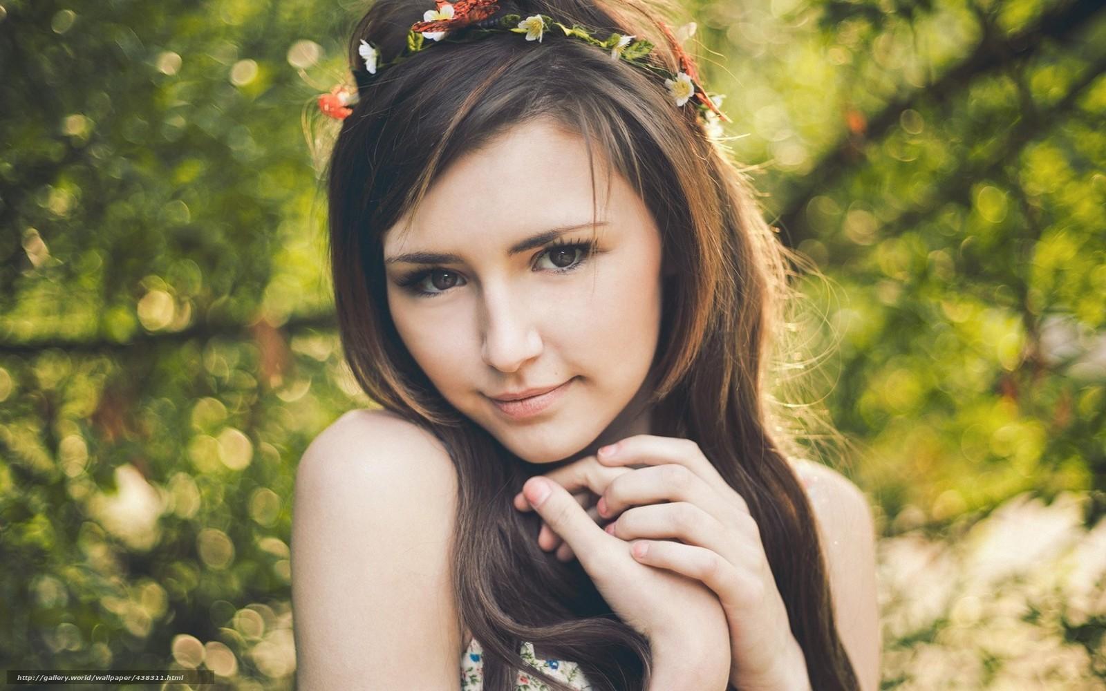 Красивая девушка много фотографий