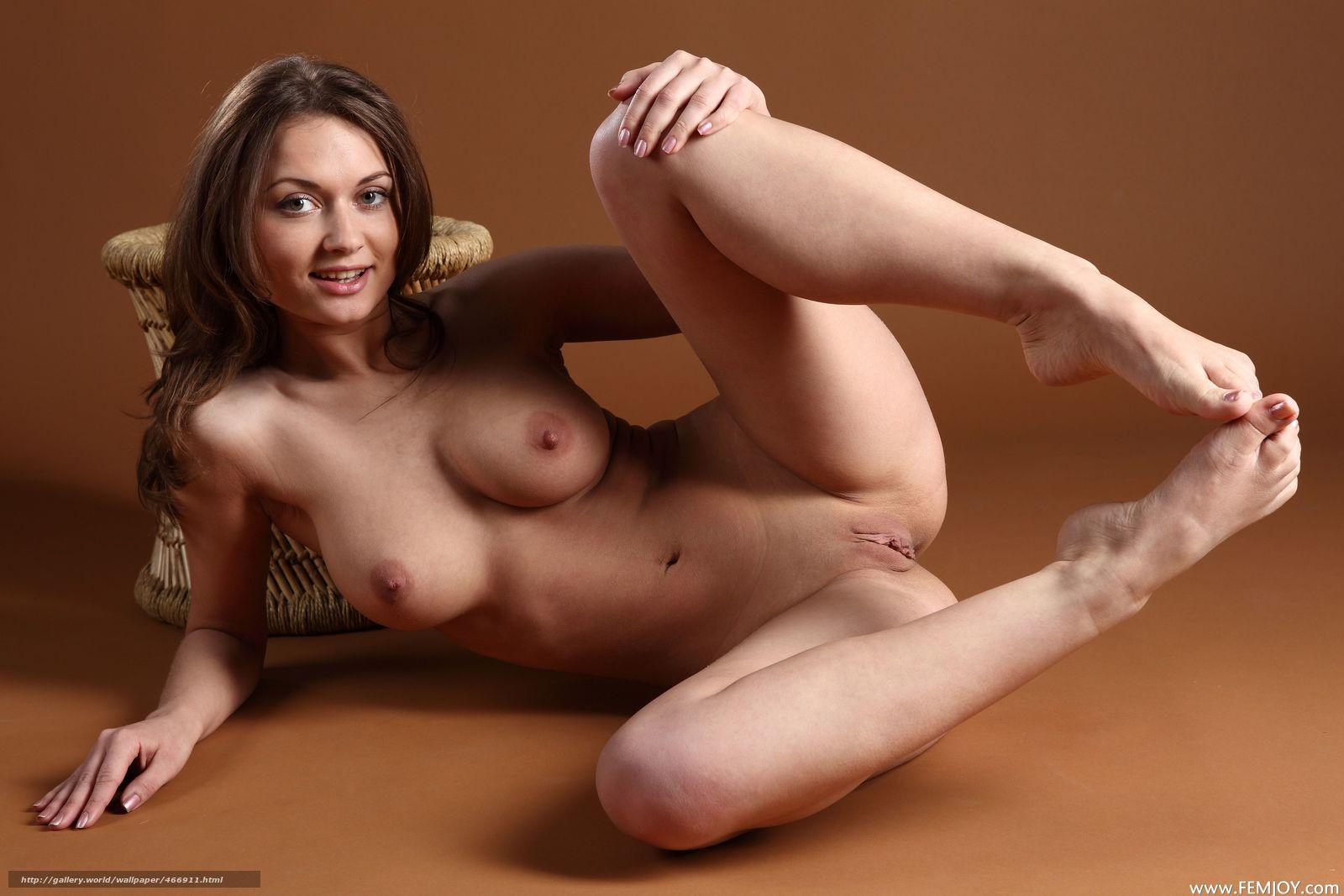 Русский первый анальный секс с Молодой Alice Miller