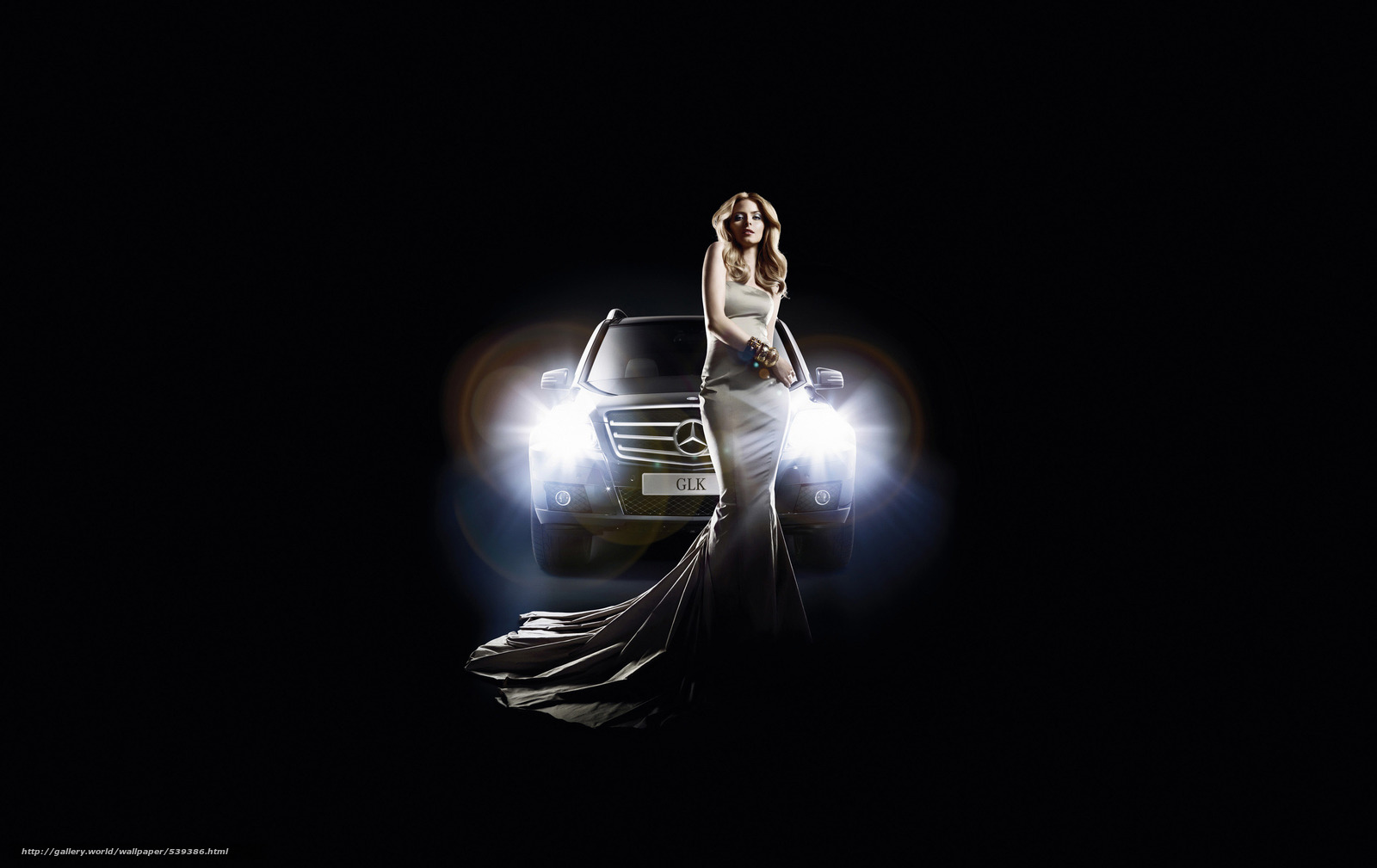 Скачать на телефон обои фото картинку на тему Eva Padberg, Mercedes-benz, GLK, fashion, разширение 3000x1892