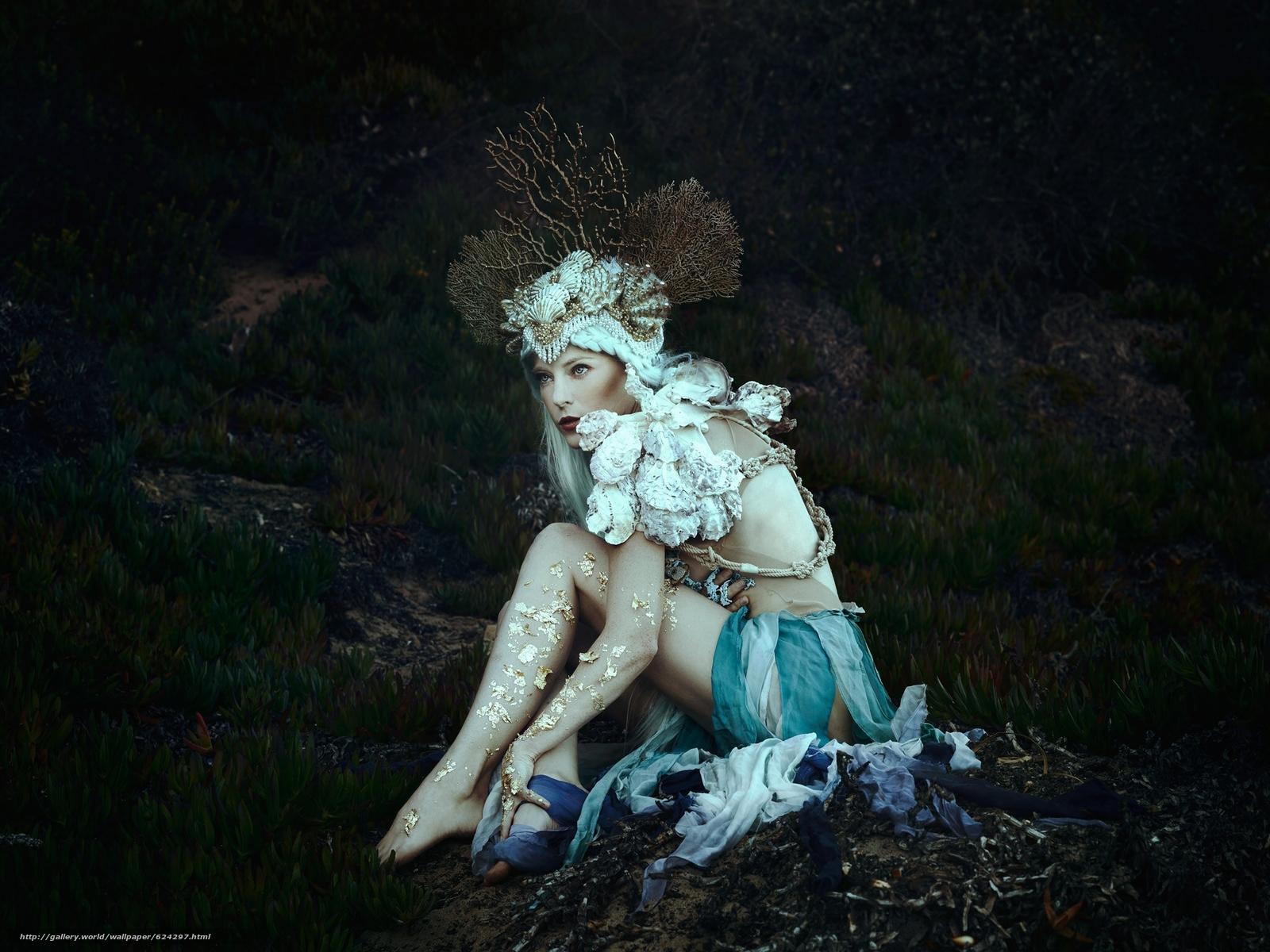 Скачать на телефон обои фото картинку на тему Jessica Dru, сирена, наряд, корона, кораллы, фантазия, разширение 2048x1536