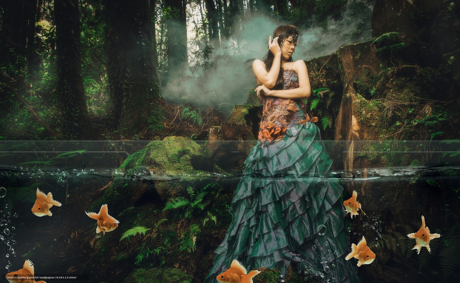 Скачать на телефон обои фото картинку на тему девушка, азиатка, платье, рыбки, вода, лес, ситуация, разширение 2048x1260