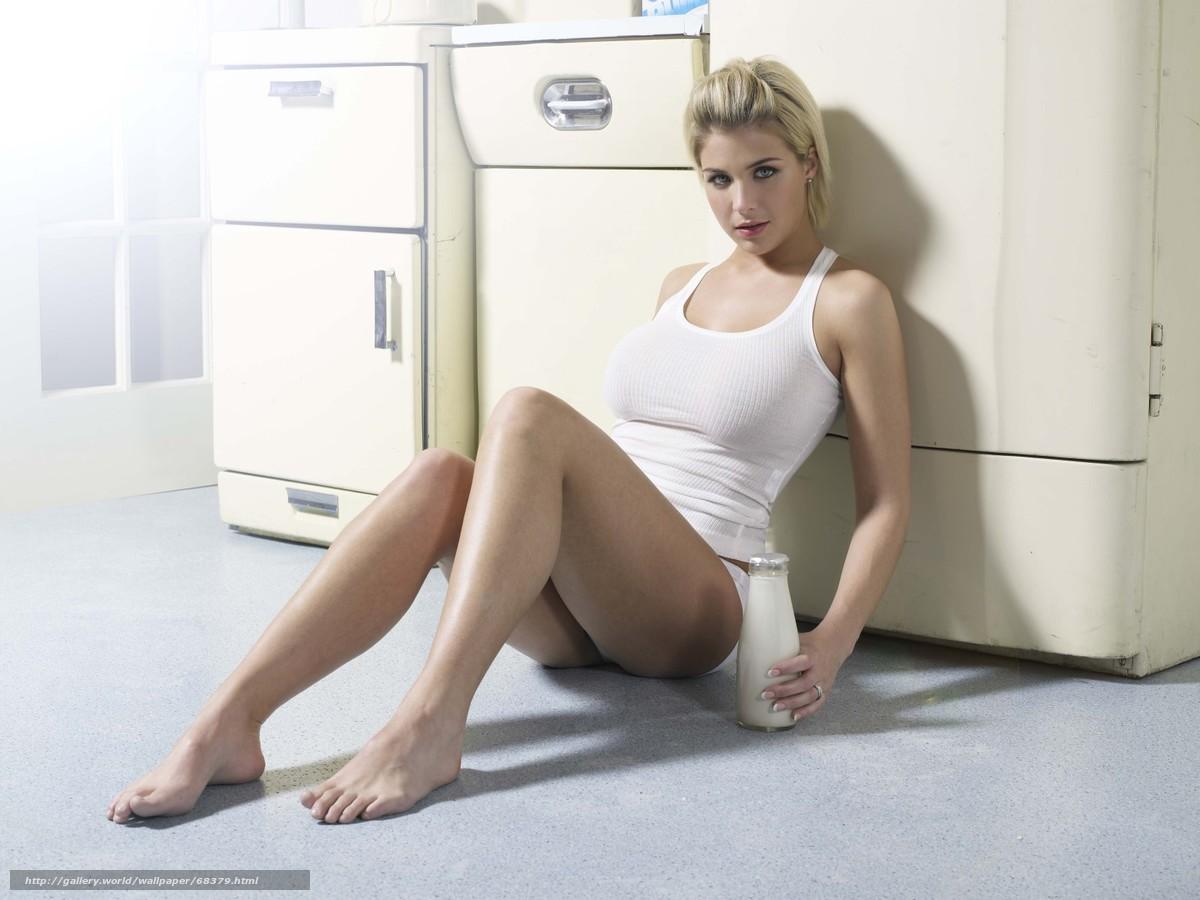 Фото бусти дусти в купальнике 7 фотография
