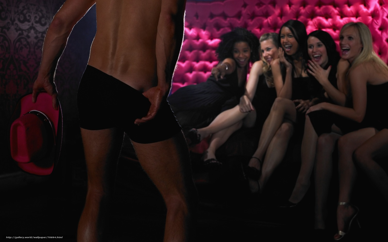 Что творят пьяные женщины в ночных клубах 1 фотография