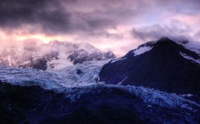 Montagne, ghiacciaio, nuvole