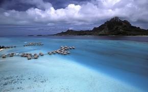 Bora Bora, Polinesia, Montagne, mare, case, nuvole