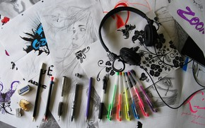 Figure, pens, headphones