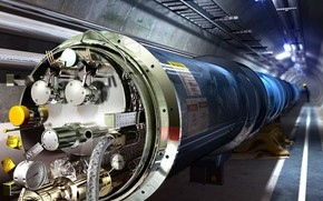 Large Hadron Collider, pipe