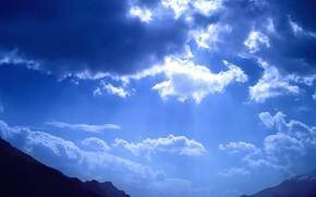las nubes, luz, Montaas