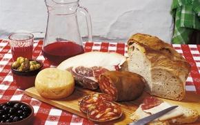 натюрморт,  хлеб,  еда,  оливки,  маслины,  ветчина,  колбаса,  кувшин,  вино,  стол,  скатерть