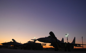 аэродром, закат
