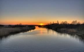 река,  деревья,  закат
