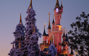 Disneyland, Parigi, torre, castello, alberi
