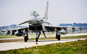 Europower,  Typhoon,  истребитель
