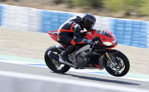 Aprilia, Strada, RSV4 Factory APRC, RSV4 Factory APRC 2011, Moto, motocicli, moto, motocicletta, motocicletta