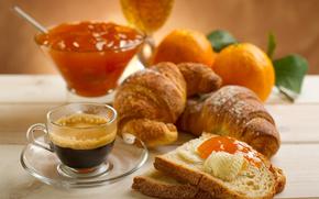 еда,  чашка,  кружка,  тарелка,  круассаны,  хлеб,  кофе,  джем,  варенье,  апельсины,  листья,  лепестки,  стол