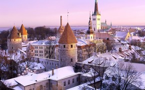 Tallinn, Estonia, hole in the roof:)