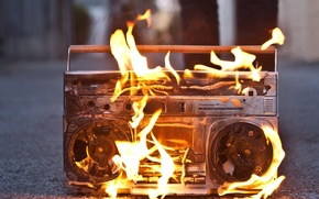 boombox, on, fire