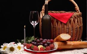 ягоды,  хлеб,  клубника,  виноград,  бутылка,  фужер,  корзина,  ромашки,  цветы,  свечка