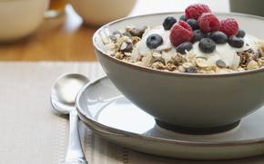 food, sweet, breakfast, Raspberry muesli, blueberries, raisins, plate, spoon
