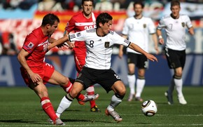 Mesut Ozil, Alemanha, real