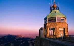 башня, прожектор, холмы