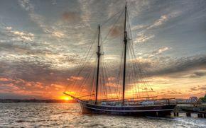 yacht, ormeggio, tramonto