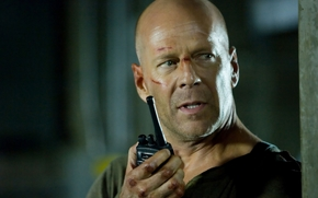 Bruce Willis, man, muzhik, actor, producer, musician, bald, scars, ratsiya.krepky nut