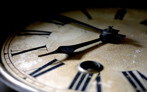 часы, стрелки, кракелюры