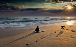 Mann, Hund, Strand