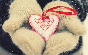 день святого Валентина, любовь, сердце, снег, зимние праздники, варежки