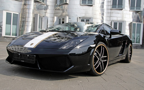 Гайардо, чёрный, золотая полоса, Lamborghini