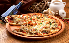pizza, dish, Mussels, squid, seafood, spices, bottle, basket