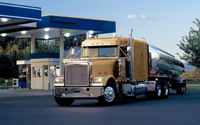 Freytlayner, Classic, truck, tractor, Truck, front, tank, gas station, sky, Other brands