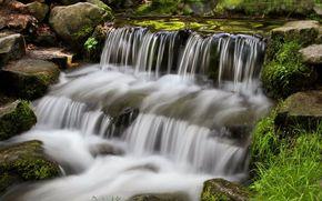 瀑布, 石头