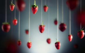 Нитки, ягода, земляника