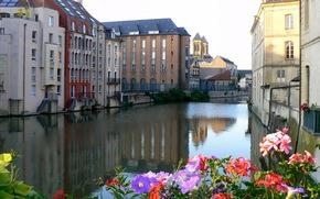 canale, casa, fiori