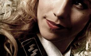 Julia Dietze, Iron Sky, girl