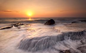 Кипр, вечер, солнце, оранжевый, закат, море, берег, пляж, побережье, камни, вода, потоки, прибой