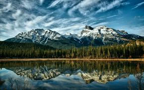Canada, alberta, Montagne, blu, cielo, nuvole, foresta, alberi, lago, riflessione, natura