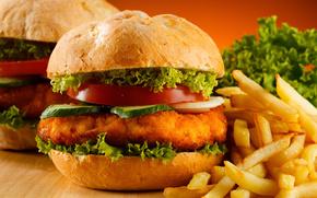 гамбургеры, картофель фри, помидоры, огурцы, салат, стол, фон