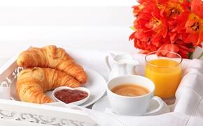завтрак, рогалики, круассаны, тарелка, сок, апельсиновый, джем, кофе, капучино, молоко, чашка, стакан, цветы, тюльпаны