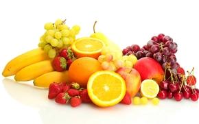 фрукты, ягоды, клубника, бананы, виноград, апельсины, яблоки, черешня, груша, лимон, белый фон