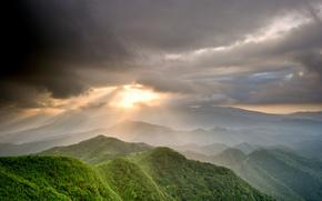 Montagne, cielo, nuvole, sole, raggi, valle, verdura