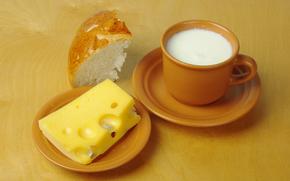 стол, блюдца, чашки, молоко, сыр