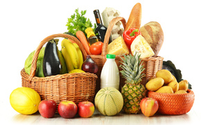 Basket, Products, Bottles, fruit, eggs, bread, wine, potatoes, pineapple, apples, melon, bananas, eggplant, cabbage, onion, pepper, cheese, greens