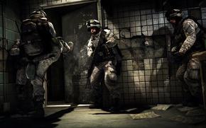 Soldados, Naga, puerta, asalto