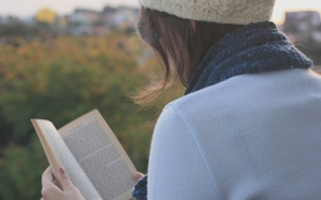 Mood, girl, brunette, dark-haired, cap, Scarf, sweater, book, book, reads, inscriptions, text, nature, Trees, foliage, leaves, autumn, background, Widescreen Wallpaper, full screen, Wallpaper, Wallpapers