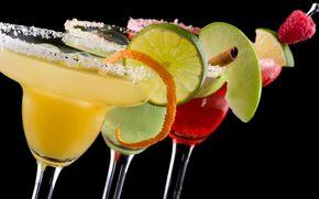 Cocktails, glasses, fruit, Berries, raspberry, apple, lime, black background, cinnamon
